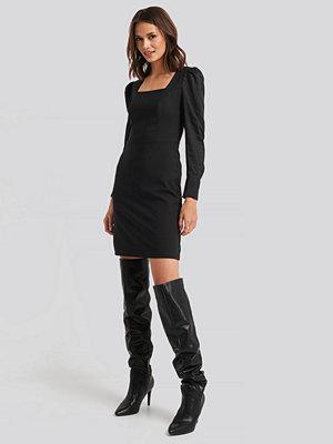 Trendyol Yol Classic Mini Dress svart