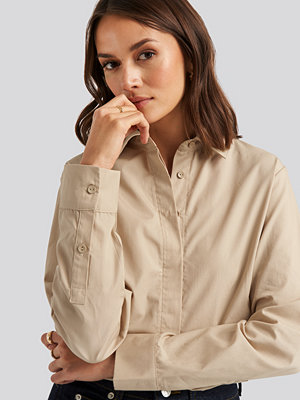 NA-KD Classic Oversized Concealed Button Shirt beige
