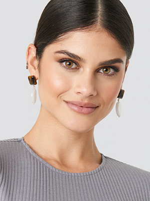 NA-KD Accessories smycke Drop Stone Squared Earrings vit