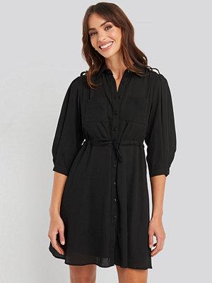 Trendyol Mini Binding Dress svart