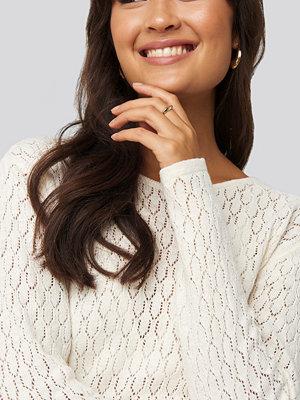 NA-KD Lace Stitch Round Neck Sweater vit