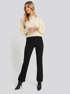 NA-KD Flare Ribbed Pants svart