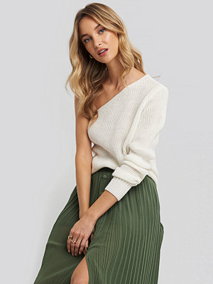 Trendyol Single Shoulder Sweater vit