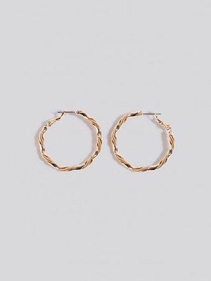 NA-KD Accessories smycke Twister Hoop Earrings guld