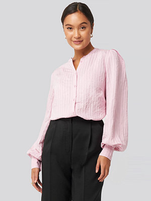 NA-KD Trend Structure Crew Neck Shirt rosa