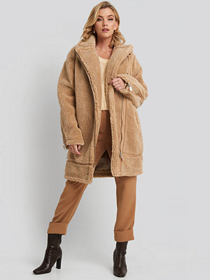 NA-KD Biker Long Teddy Coat beige