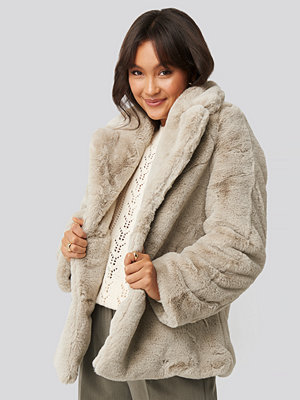 NA-KD Trend Colored Faux Fur Short Coat beige