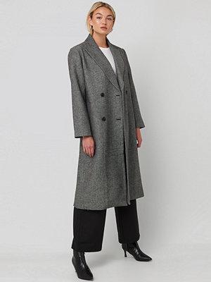 NA-KD Classic Oversized Herringbone Coat grå