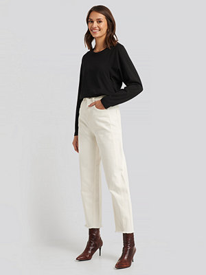 NA-KD High Waist Barrel Leg Jeans vit