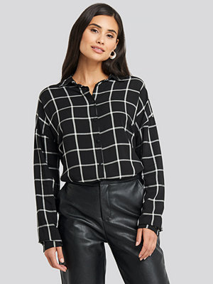 Trendyol Black Check Shirt svart
