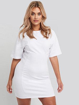 NA-KD Waist Dart Detail Dress vit