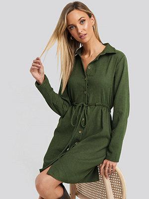 Trendyol Ruffle Detail Mini Dress grön