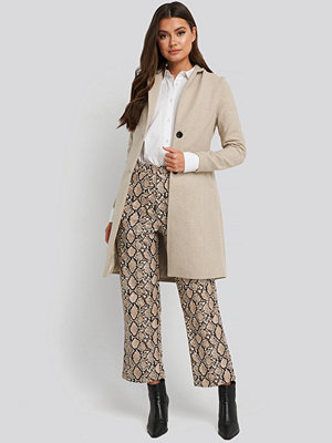 Trendyol Collar Detailed Coat beige
