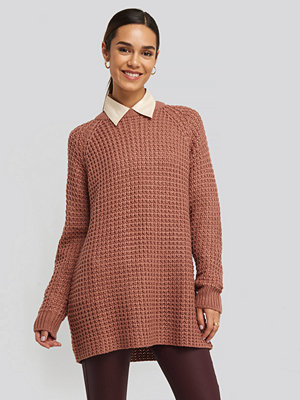 Tröjor - NA-KD Round Neck Pineapple Knitted Sweater rosa