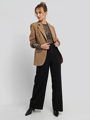 Trendyol svarta byxor Stitch Detailed Wide Leg Pants svart