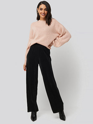 NA-KD svarta byxor Wide Pleated Pants svart