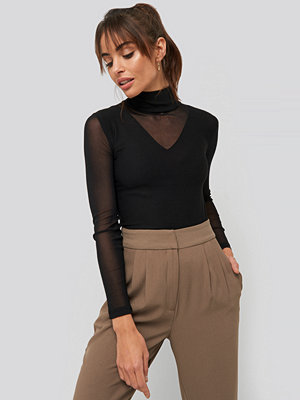 Trendyol Transparent Knitted Blouse svart