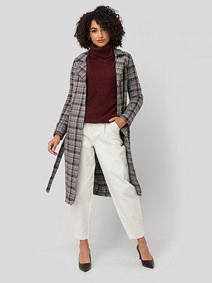 NA-KD Front Dart Slouchy Jeans vit