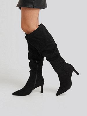 Pumps & klackskor - NA-KD Shoes Faux Suede Loose Shaft Boots svart