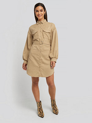 Trendyol Mini Velvet Belted Dress beige