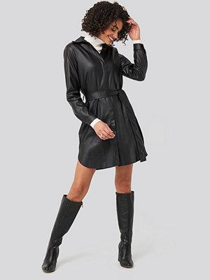 Trendyol Black PU Mini Dress svart