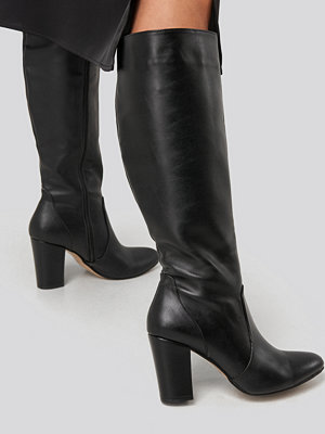 Trendyol High Boots svart