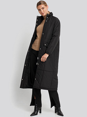 NA-KD Trend Long Padded Jacket svart