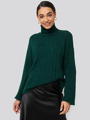 Tröjor - Trendyol Ribbed High Neck Knitted Sweater grön