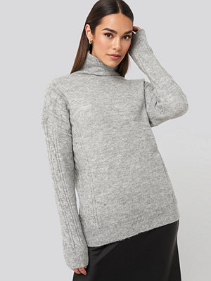 Trendyol Turtleneck Sleeve Detailed Knitted Sweater grå