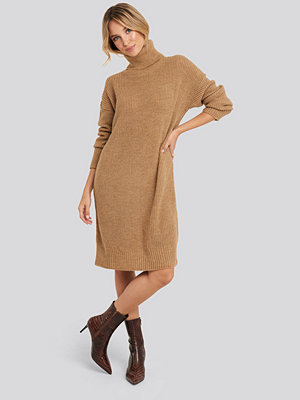 Trendyol Turtleneck Oversize Knitted Dress beige