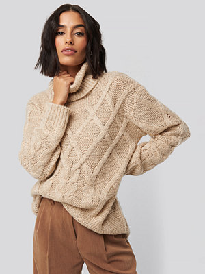 NA-KD Cable Knitted High Neck Sweater beige