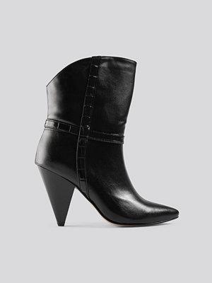 Trendyol Cone Heel Boots svart
