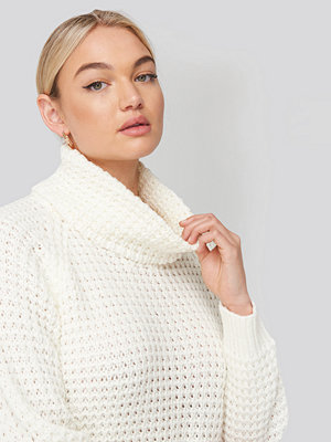 Tröjor - NA-KD High Neck Pineapple Knitted Sweater vit