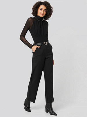 NA-KD Party svarta byxor Straight Leg Wide Pants svart