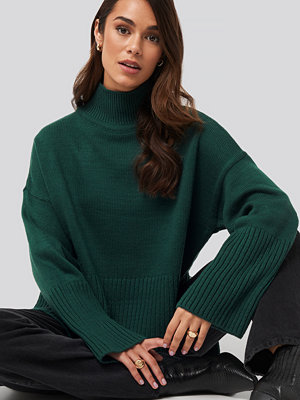Trendyol Vertical Neck Sweater grön