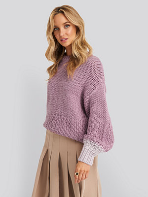 NA-KD Two Toned Knitted Sweater lila