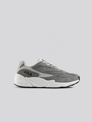 Sneakers & streetskor - Fila V94M Wmn Sneaker grå