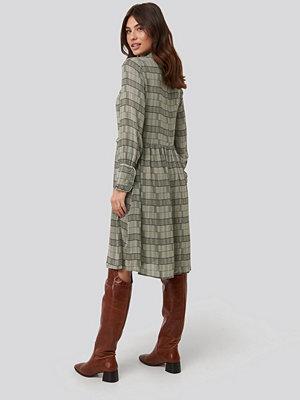 NA-KD Trend Frill Neck Checked Dress multicolor