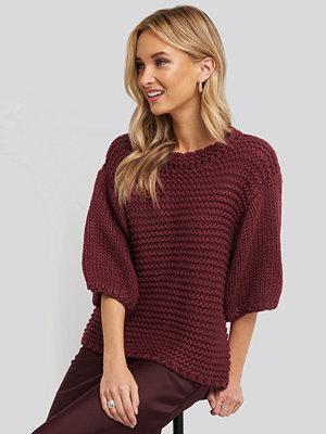 NA-KD Trend Detail Neck Short Sleeve Sweater burgundy