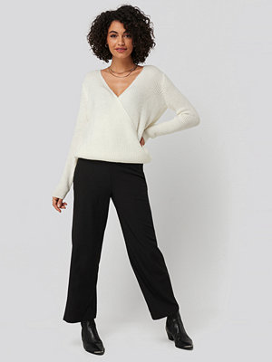 NA-KD svarta byxor High Waist Wide Trousers svart