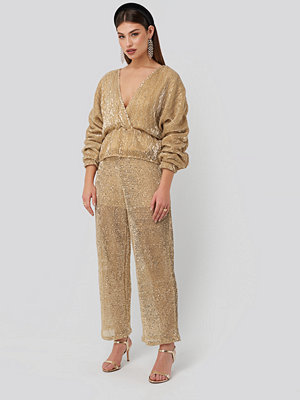 NA-KD Party gula byxor Sequin Straight Pant guld