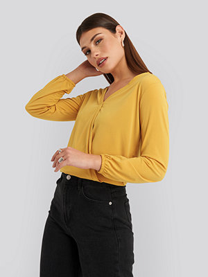 NA-KD Long Sleeve Overlap Blouse gul