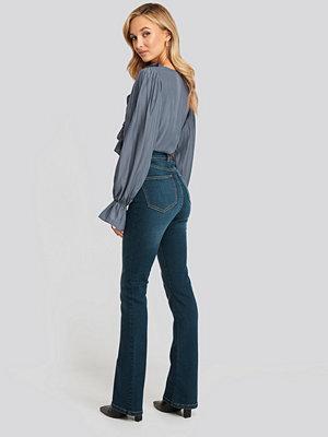 NA-KD Skinny Bootcut Jeans blå