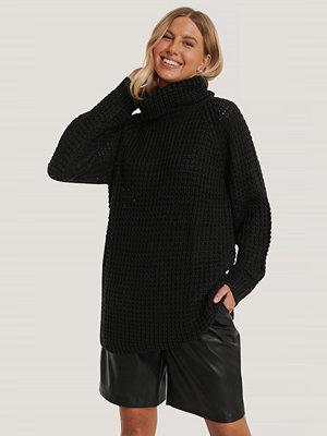 NA-KD High Neck Pineapple Knitted Sweater svart
