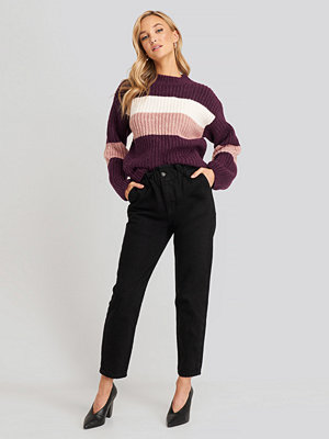 Trendyol Super High Waist Mom Jeans svart