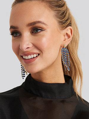 NA-KD Accessories smycke Blue Rhinestone Drop Earrings blå guld