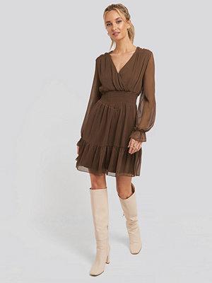 Trendyol Shirred Dress brun