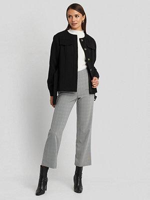 NA-KD Classic grå rutiga byxor Cropped Straight Suit Check Pants grå