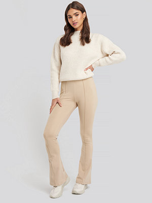 NA-KD Classic Exposed Seam Flare Leggings beige