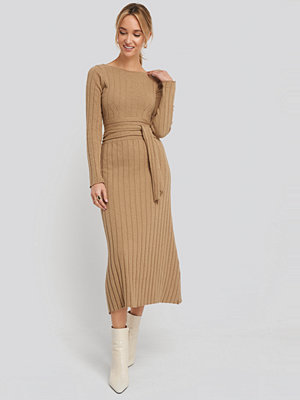 NA-KD Recycled Ribbed Knit Midi Skirt beige